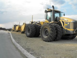 2011 Cat Challenger Mts965c 4wd Tractor With Trimble Gps Scraper photo