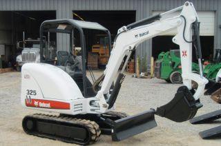 Bobcat 325g Compact (mini) Excavator 234112471 photo