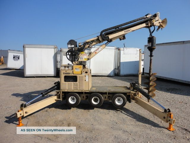 2003 Tiiger - I Mini Digger Derrick With Bucket Option With 2004 T/a Trailer 6419 Cranes photo