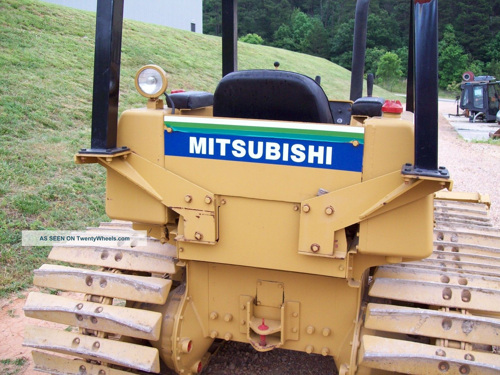 Mitsubishi Bull Tractor submited images.