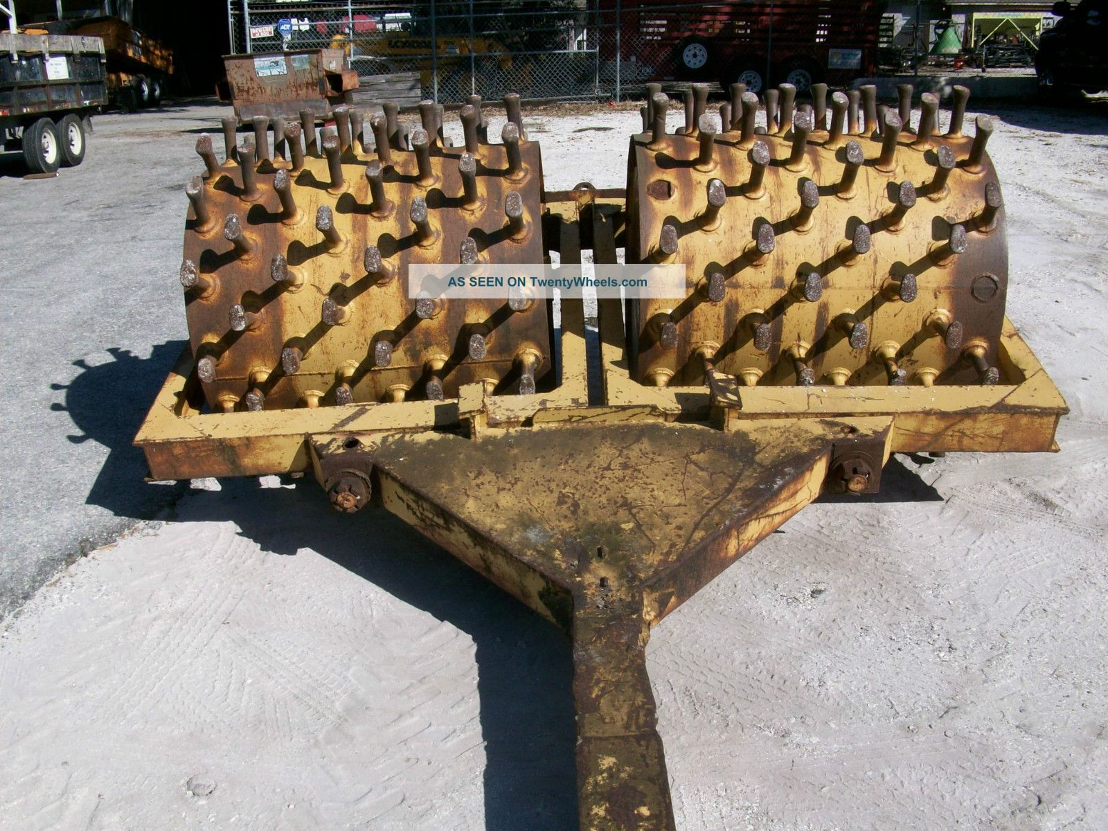 Tampo Mfg Model H - 2 Sheepsfoot Compactor Compactors & Rollers - Riding photo