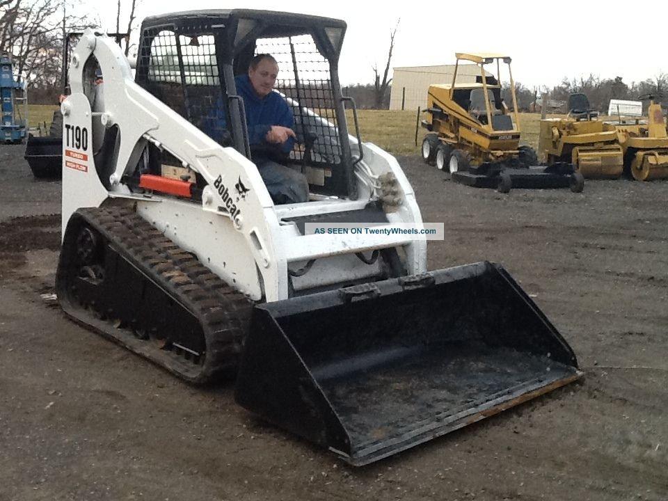 Bobcat Skid Steer Track Loader : Bobcat t skid steer track loader multi terrian