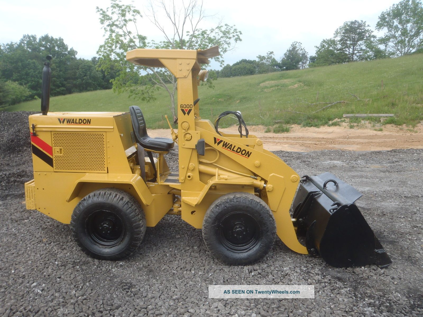 Waldon 6000 Rubber Tire Mini Wheel Loader All Wheel Drive