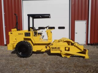 2001 Sakai Sv200tb Vibratory Sheeps Foot Padfoot Roller Push Blade Only 1455 Hrs photo