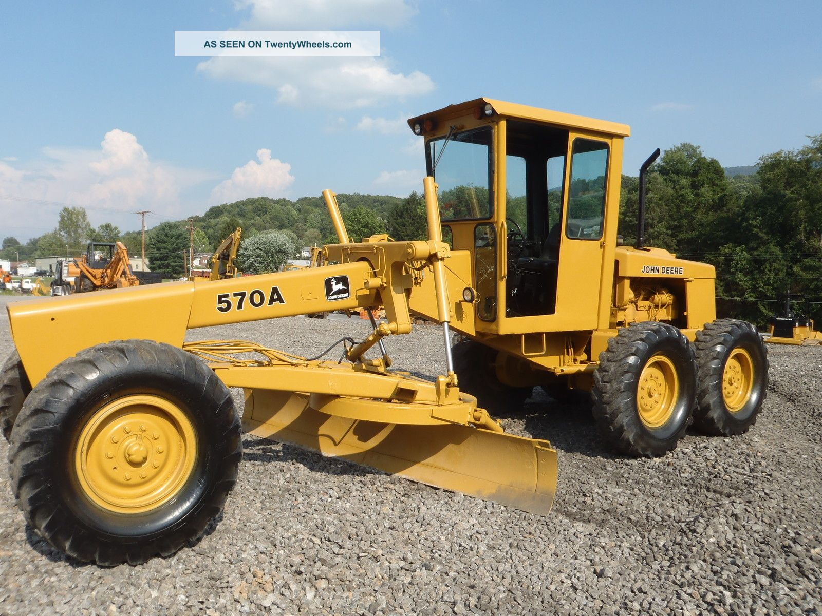 John Deere 570a Motor Grader Articulating,  Sliding Mold Board Runs Great Look Graders photo