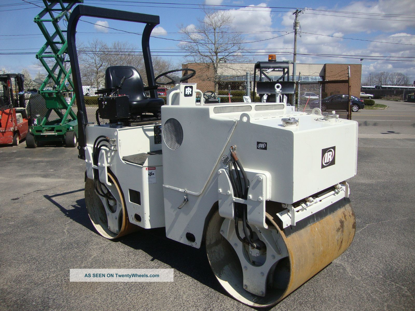 Ingersoll - Rand Dd22 Smooth Drum Articulating Vibratory Asphalt Roller 6967 Compactors & Rollers - Riding photo