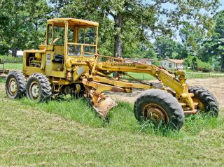 1968 Cat 120 Road Grader,  Good Condition,  No Leaks,  No Slack In Blade photo