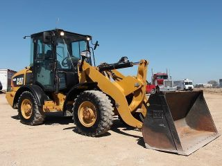 2011 Caterpillar 906h Wheel Loader - Loader - 27 Pics photo