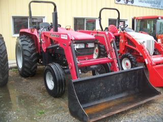 Mahindra 6530 With Loader 65 Hp Only 256 Hrs Still Has Warr.  In Pa.  Real photo