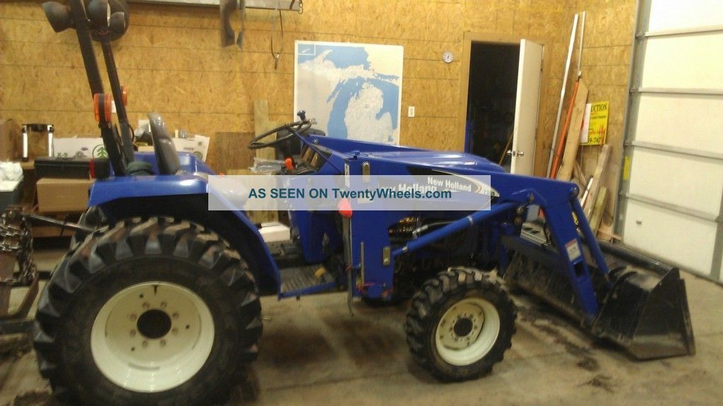 2006 New Holland Tc30 4x4 Tractor With Loader Tractors photo