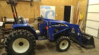 2006 New Holland Tc30 4x4 Tractor With Loader photo