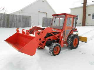 2000 Kubota L3010 30hp Diesel 4x4 W/ Heated Cab And Front Loader Low Hours photo