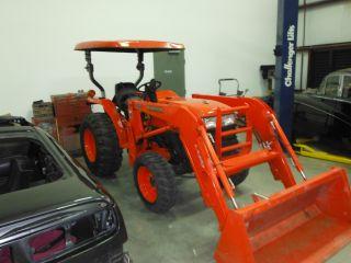 Kubota Tractor photo