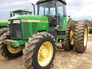 John Deere 7810 4x4 Cab Air 42in Radials With Axle Dauls Very Low Hrs In Pa. photo