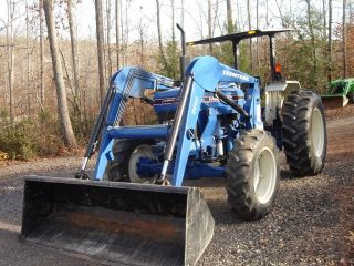 Farmtrac 675dtc W/ Front Loader,  1400 Hrs,  4 Wd,  72 Hp Perkins Diesel,  12f/12r photo