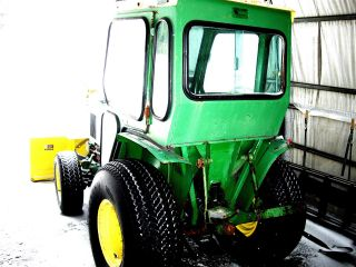 750 John Deer Tractor 1987,  Diesel 4x4,  1301 Hours,  Cab,  Snow Blower,  3cyl 18h photo