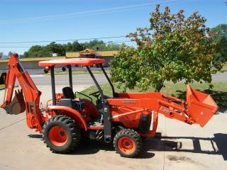 2008 Kubota L39 4x4 Compact Tractor Loader,  Backhoe,  With Forks And 2 Buckets photo