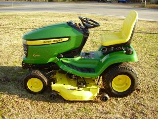 John Deere X320 Riding Mower Hydrostatic Drive photo