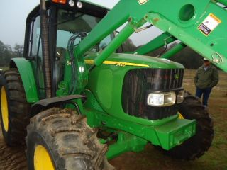 2004 John Deere 6420 Cab Tractor 4x4 With Jd 640 Front Loader With Bucket photo