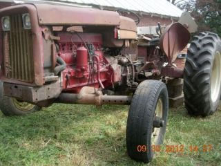 International Harvestor Farmall 606 (?) W/ Rebuilt Engine photo