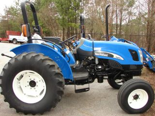 New Holland Tn75a 2wd Tractor photo