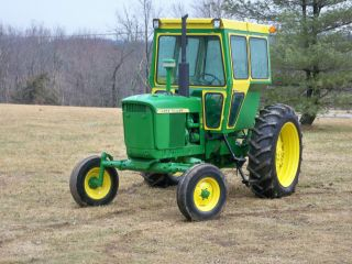 John Deere 3010 Diesel Tractor With Cab photo