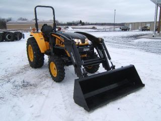Cub Cadet Yanmar Lx450 Tractor Loader photo