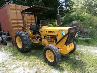 Ford New Holland 345d photo