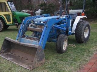 Ford New Holland 1715 Front Loader 4wd photo