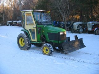John Deere 4200 4wd Tractor photo