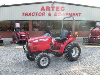 2004 Mahindra 2015 4wd Tractor - Farm Tractor photo