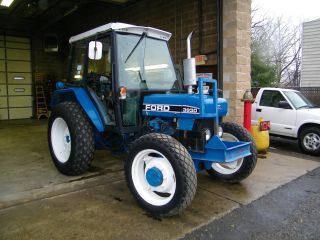 L@@k Ford 3930 4x4 Tractor With Cab And Air Three Point In Nj photo