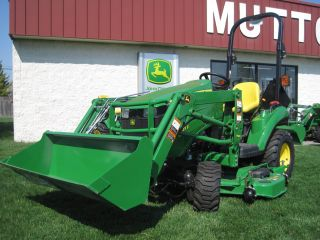 New John Deere 1023e 1 Series Sub Compact Tractor With Front Loader & Mid Mower photo