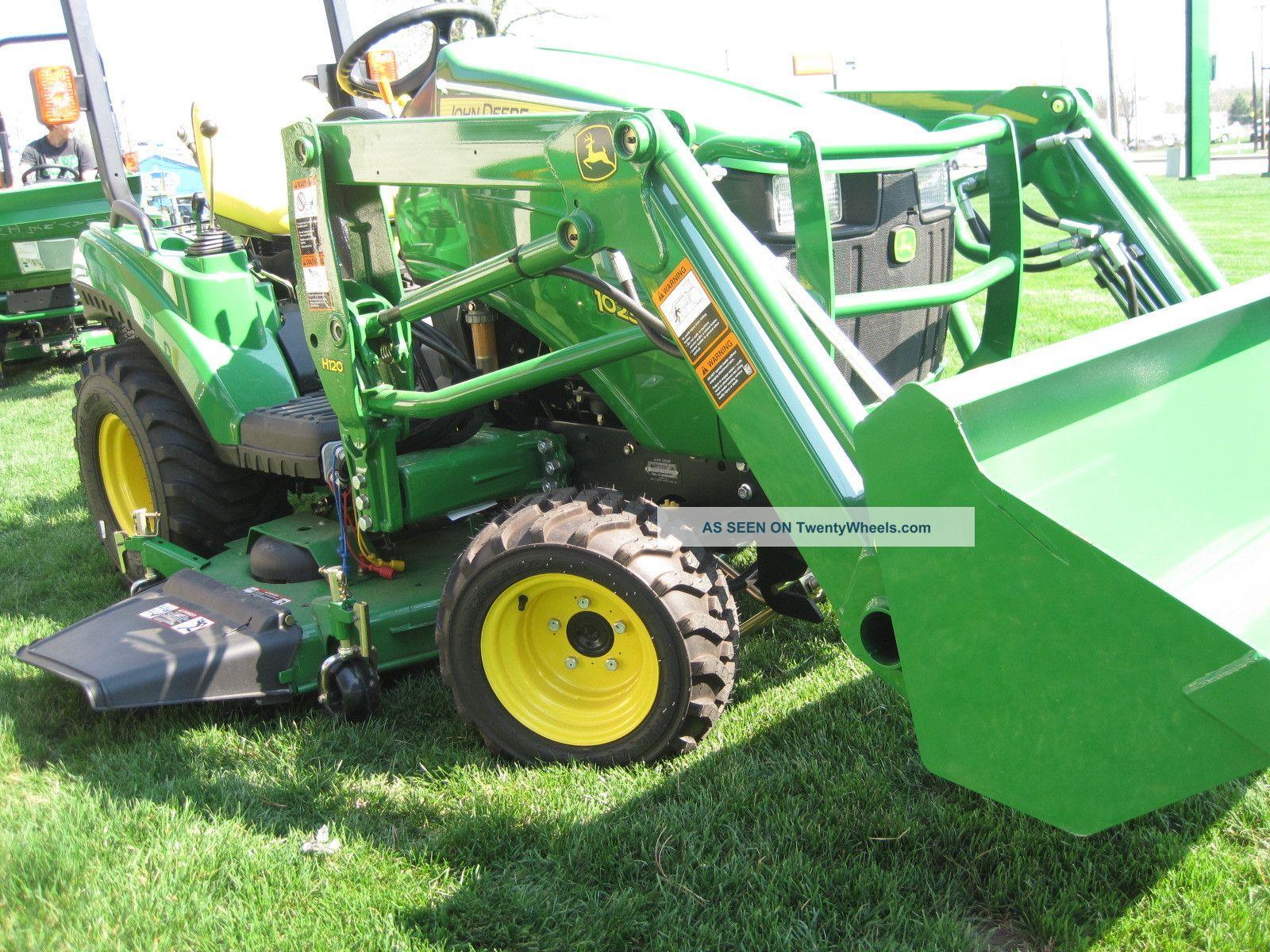 John Deere 1 Series Sub Compact Tractor