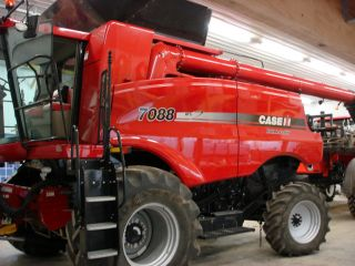 2010 Case Ih 7088 Combine 643 Sep Hours Excellent photo