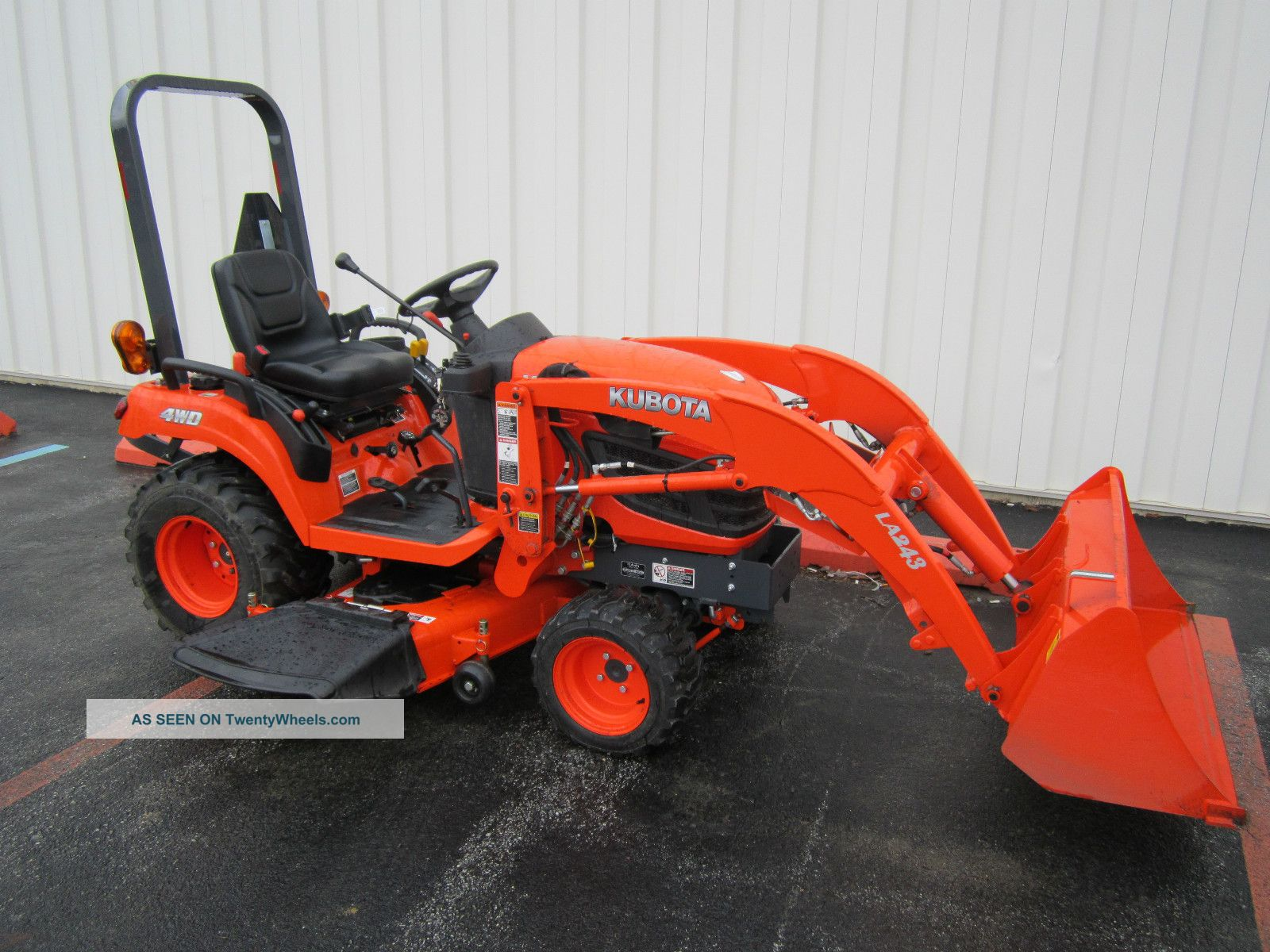 Kubota Bx2360 With Front Loader And Mower Deck Tractors photo