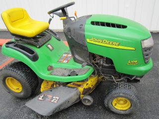 John Deere L108 With A 42