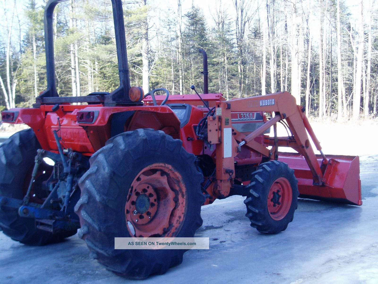 Kubota L3350 40hp 4x4 4 Cylinder Diesel With Loader Tractors photo