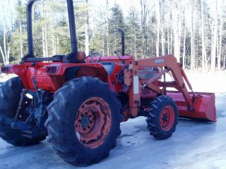 Kubota L3350 40hp 4x4 4 Cylinder Diesel With Loader photo