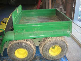 John Deere 2x6 Gator Farm Vehicle photo