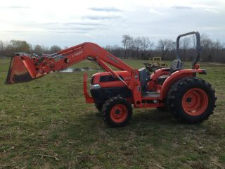 Kubota L4630 Tractor 4wd Loader W Bucket Qa Hydrostat 2005 photo