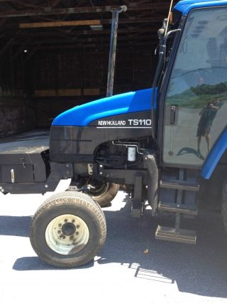 New Holland Ts110 photo