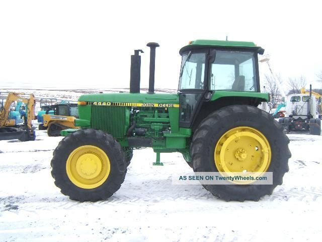 John Deere 4440 Rim : John deere tractor