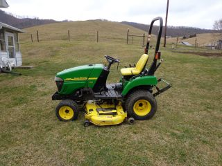John Deere 2305 - - - - Only 160 Hrs photo