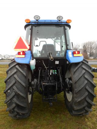 2012 New Holland Td5050 Tractor With Loader & 160 Hours photo