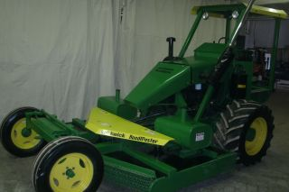 John Deere Green Kut Kwick Road Master photo