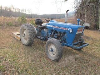 Ford 2000 Gas Runs Good Tractor Antique Vintage Power Steering photo