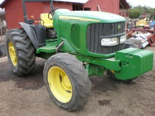 2004 John Deere 6520l 4wd Orchard Tractor photo