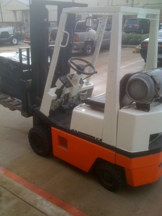 Nissan Type G Industrial Truck - Gas - Forklift - New Paint / Tyres / Battery photo