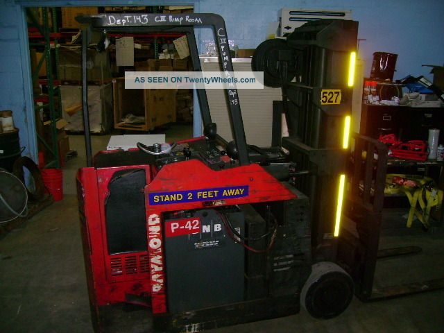 Raymond Stand Up Electric Forklift 4400lb Cap 176 Quot Lift